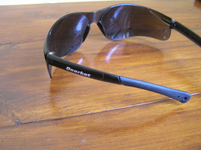 Противоосколочные защитные очки (темные линзы)