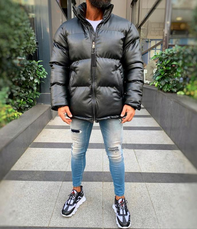 Кожаная мужская зимняя куртка пуховик черного цвета - Фото 3