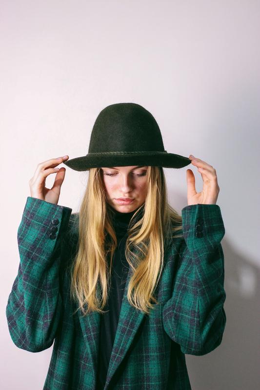 Винтажная шляпа