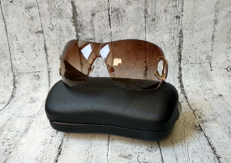 Солнцезащитные очки chanel, made in italy,  лазерный номер