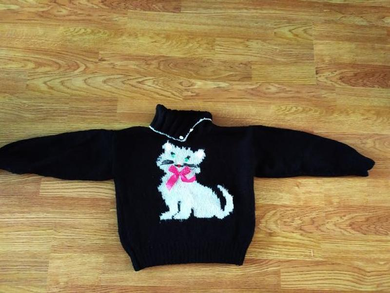 Вязанные свитера на девочку