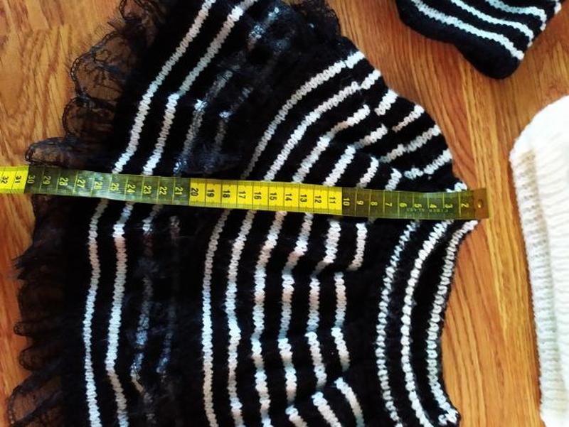 Вязаный костюм на девочку - Фото 5