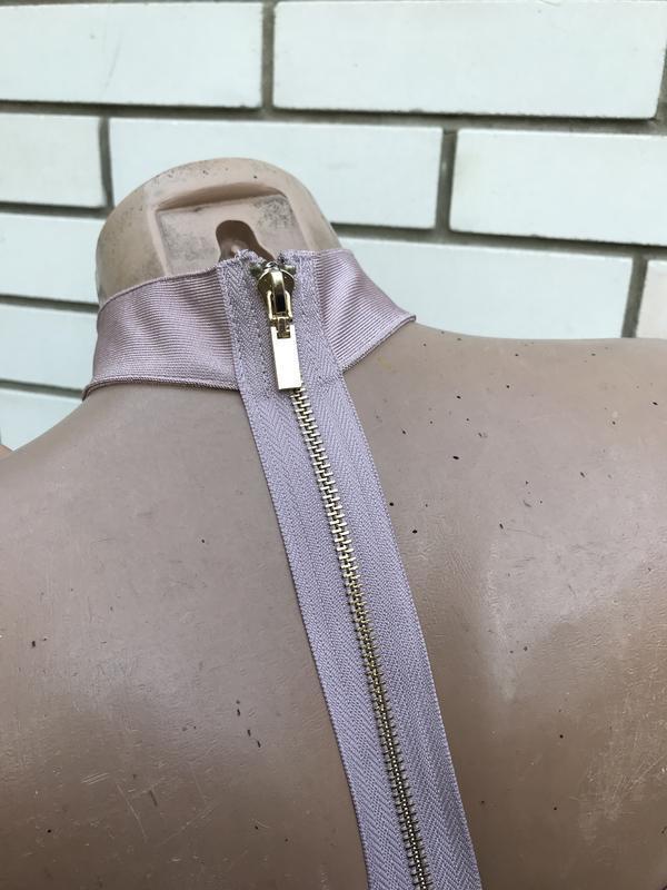 Бандажный ,секси топ,блуза с чокером,открытые плечи, missguided - Фото 4