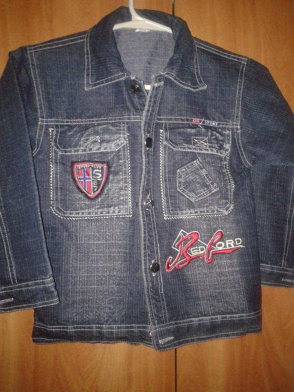 Джинсовый пиджак курточка, на 8-10 лет