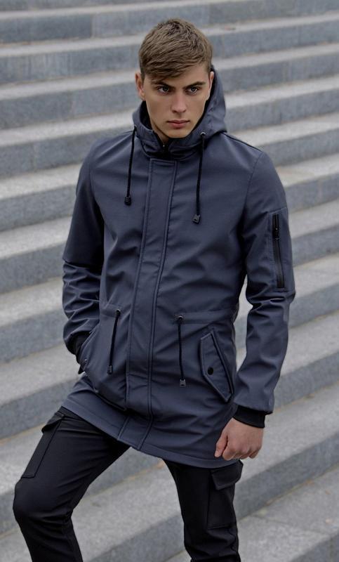 Длинная всесезонная мужская куртка серая softshell не промокае...