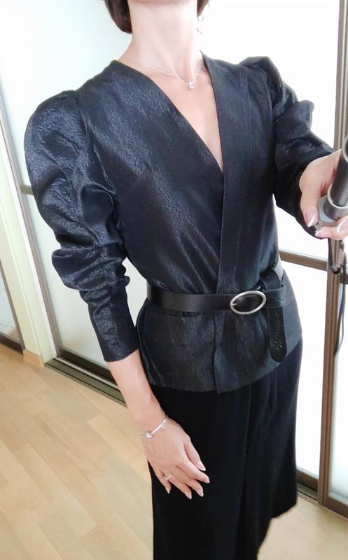 Шикарный пиджак жакет кардиган с объемными плечами тренд блуза