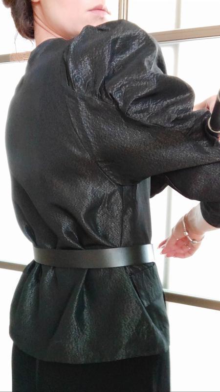 Шикарный пиджак жакет кардиган с объемными плечами тренд блуза - Фото 7