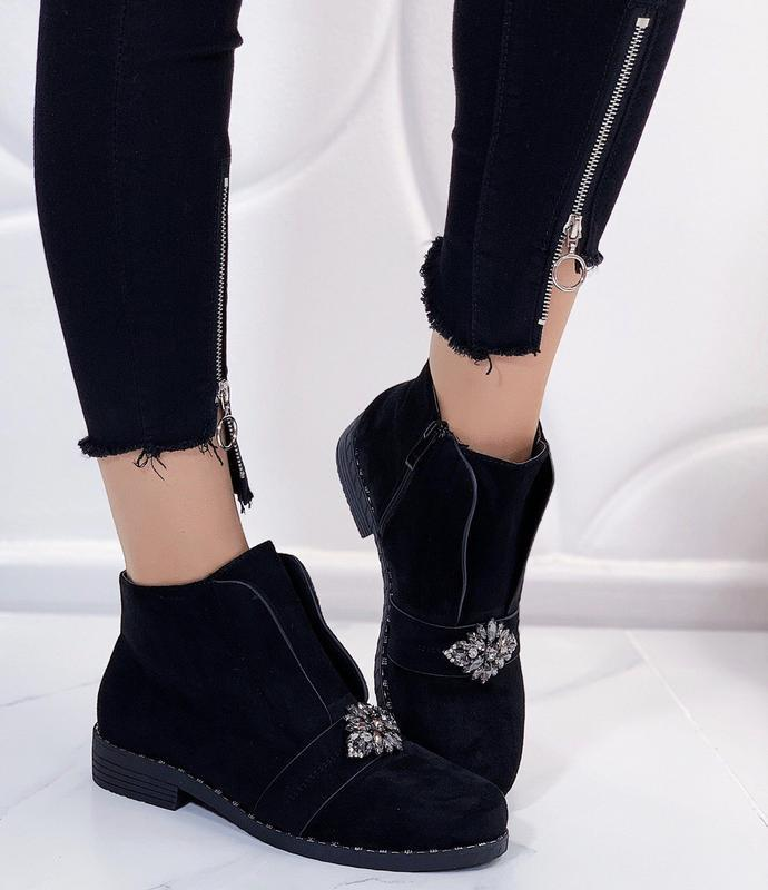 Новые женские демисезонные черные ботинки - Фото 5