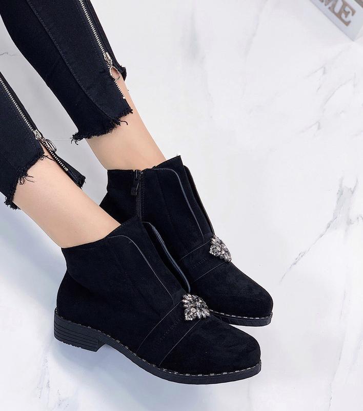 Новые женские демисезонные черные ботинки - Фото 6