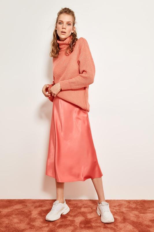 Потрясающая актуальная тренд атласная юбка коралловая плотная ...