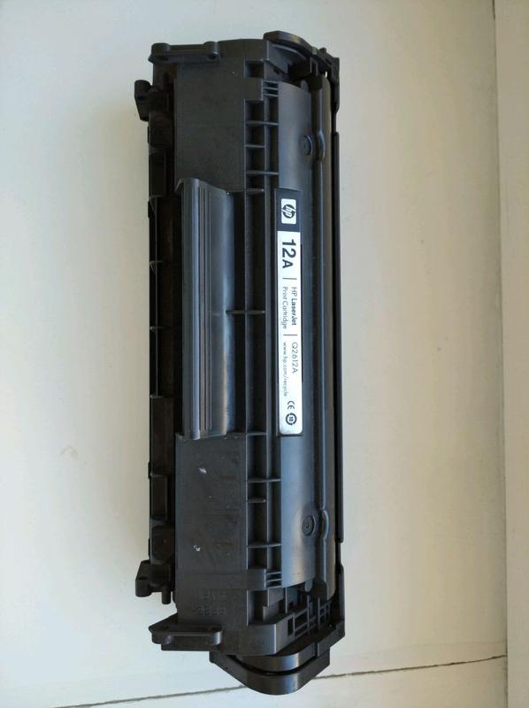 Продам картридж для принтера  б/у . HP Lazer Jet Q2512 A