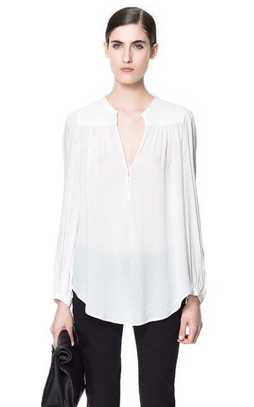 Zara блуза со стеганными плечиками