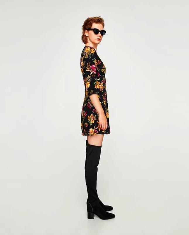 Zara платье в цветочный принт - Фото 3