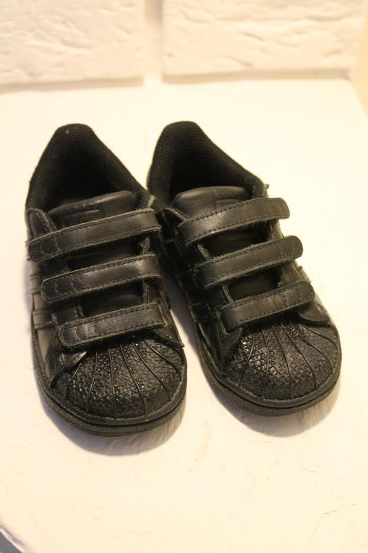 Чёрные кроссовки adadas 23 размер 14,5 см