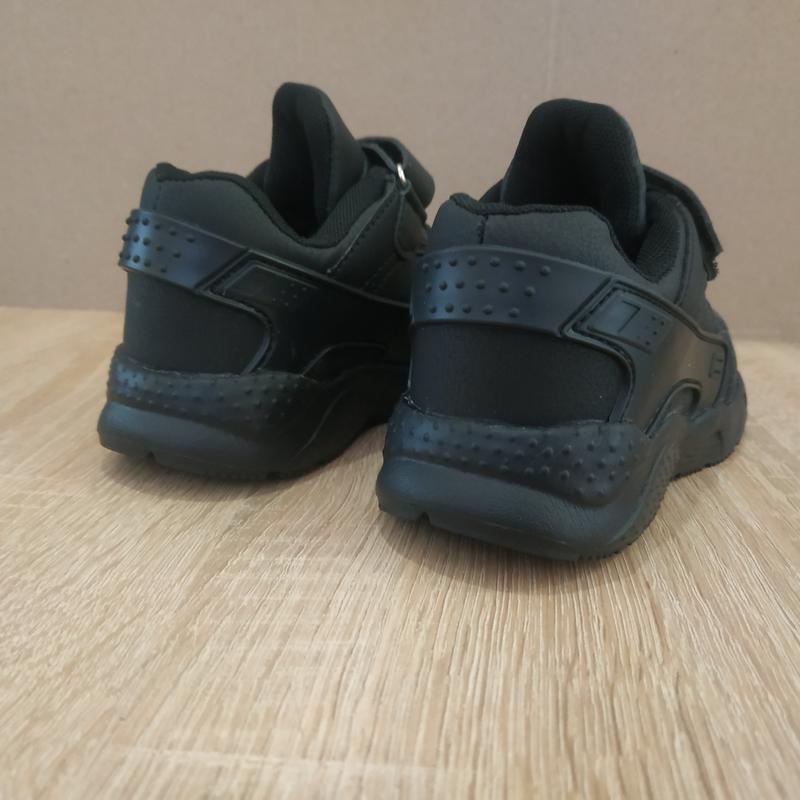 Черные кроссовки пена подошва на липучке - Фото 4