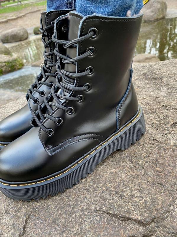 Шикарные женские ботинки dr. martens jadon black на меху наложка - Фото 4