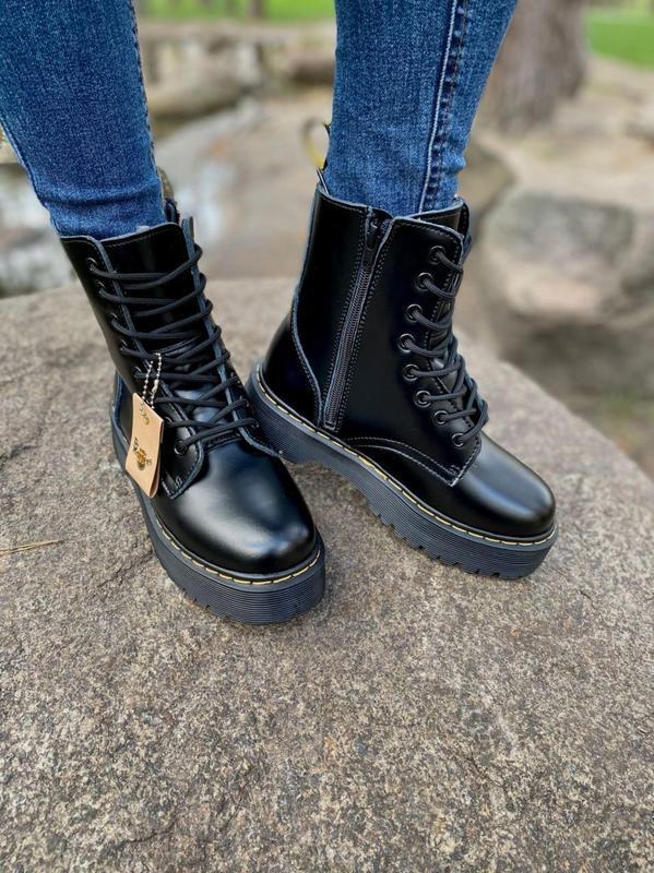 Шикарные женские ботинки dr. martens jadon black на меху наложка - Фото 8