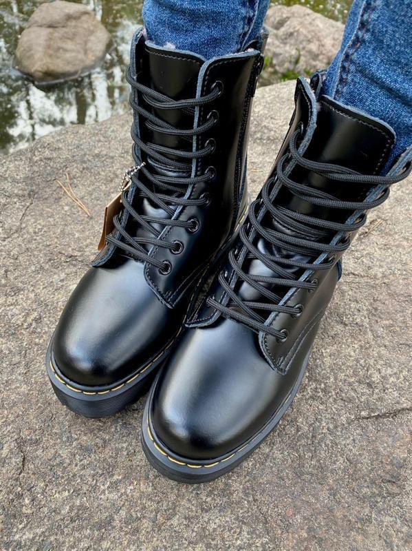 Шикарные женские ботинки dr. martens jadon black на меху наложка - Фото 10