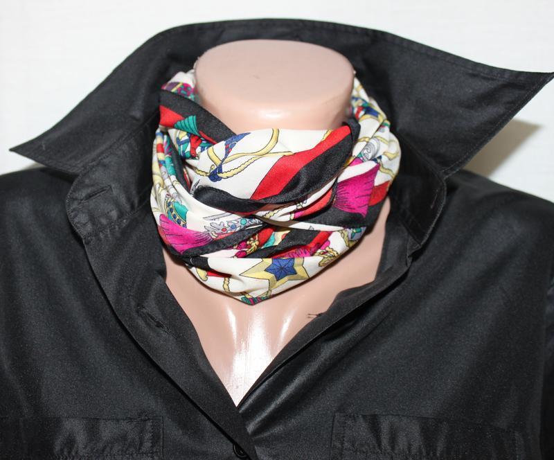 Тонкий шарф, яркий разноцвет италия!