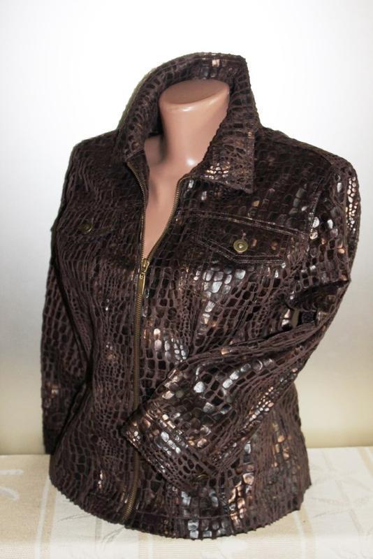 Ветровка пиджак жакет коричневый с крокодиловым принтом ruby rd