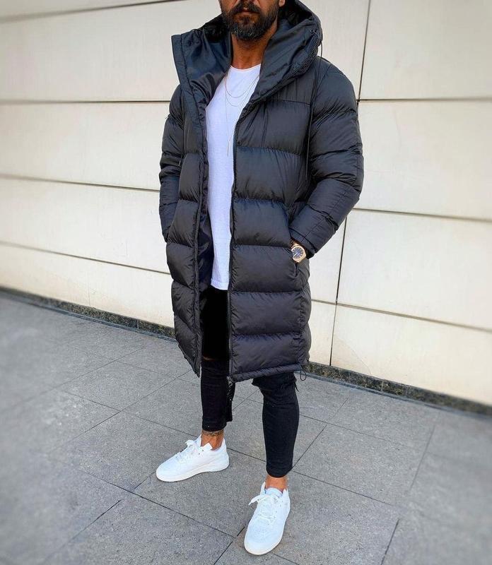 Мужская зимняя удлиненная куртка черного цвета - Фото 4