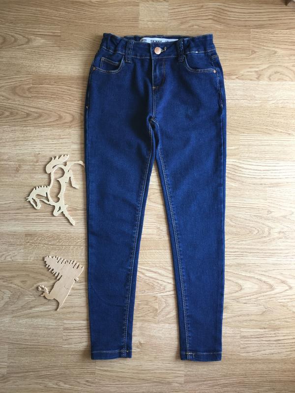 Красивые джинсы скини на девочку 8-9 лет, 134 размер
