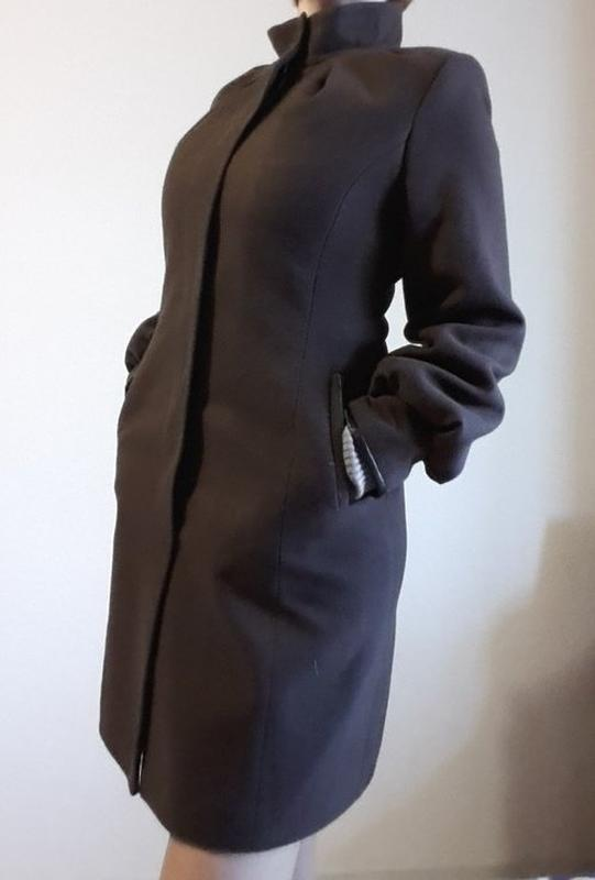 Демисезонное кашемировое, шерстяное пальто. - Фото 6