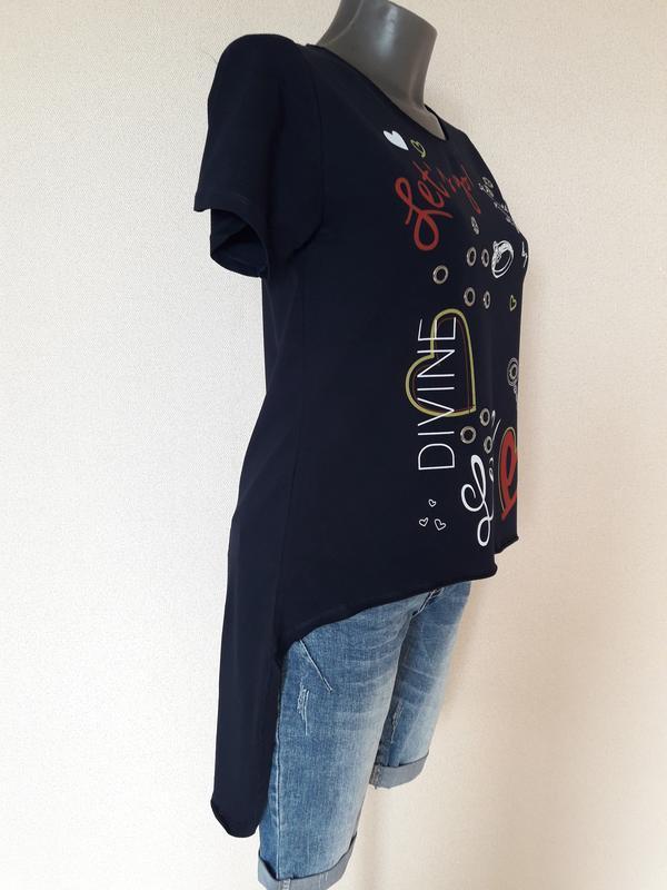 Мега-крутая,трендовая темно-синяя футболка с длинной спинкой p...