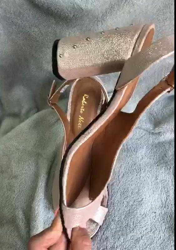 Женские босоножки на каблуке - Фото 4