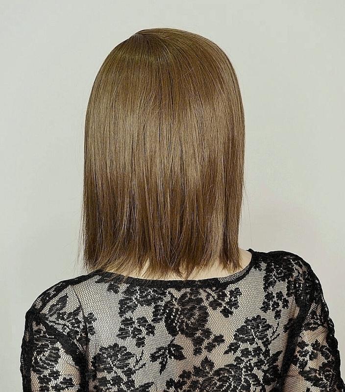 Парик каре светло-коричневый - Фото 3