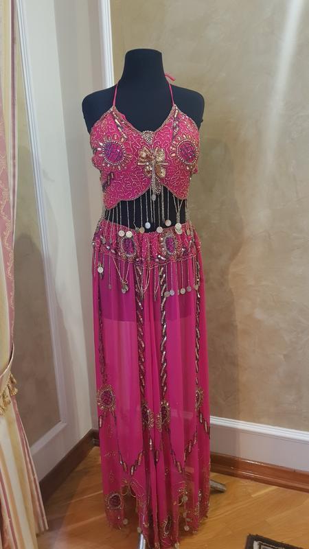 Розовый восточный костюм
