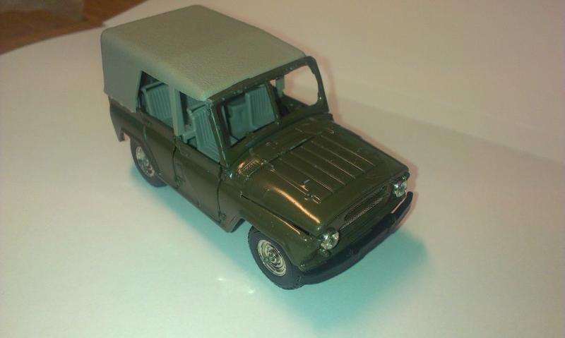 Модель УАЗ-469 масштаб 1:43 , металл.