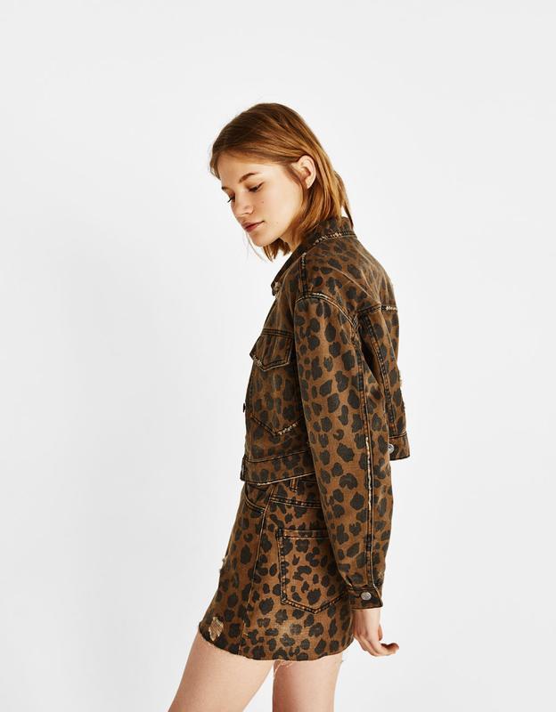 Тотальная распродажа! невероятно крутая джинсовая куртка с ани... - Фото 2