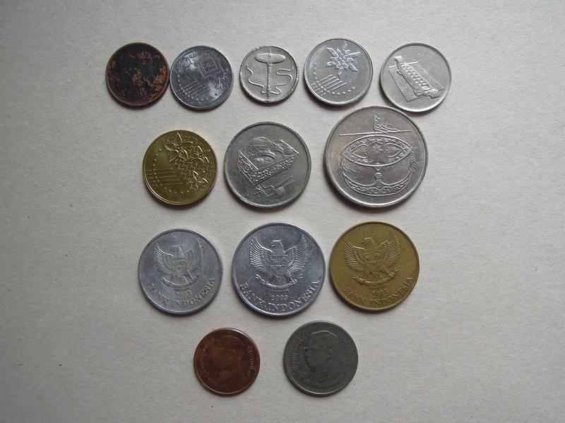 Монеты Малайзии, Индонезии, Таиланда: ринггиты, рупии, баты