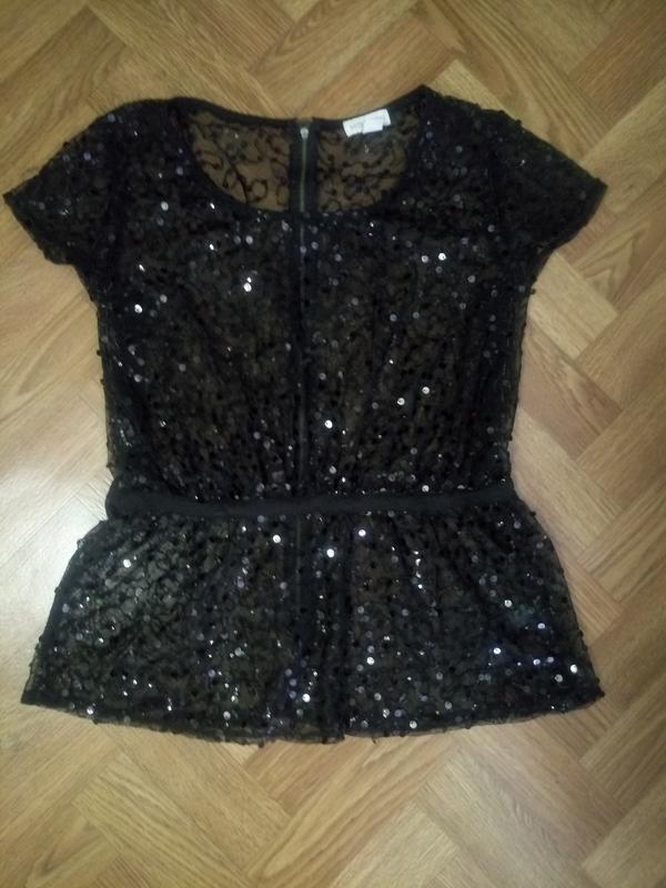 Блуза черного цвета в пайетках размер 50-52