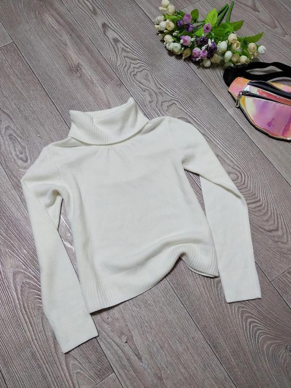 Мягкий свитер гольф с горлом для девочки на девочку девочке 116