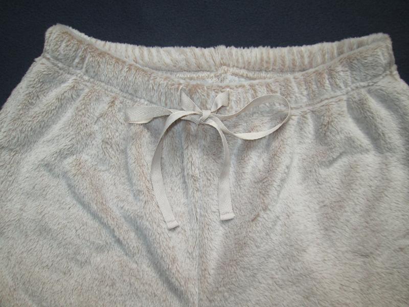Плюшевые теплющие пижамные домашние брюки цвета капучино высок... - Фото 4