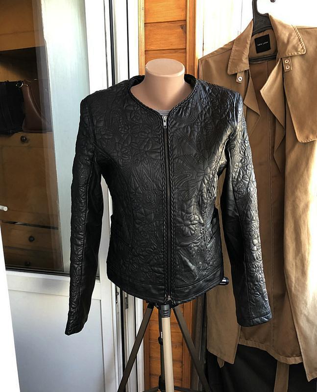 Обалденная фактурная куртка klass collection (кожанка) - Фото 4