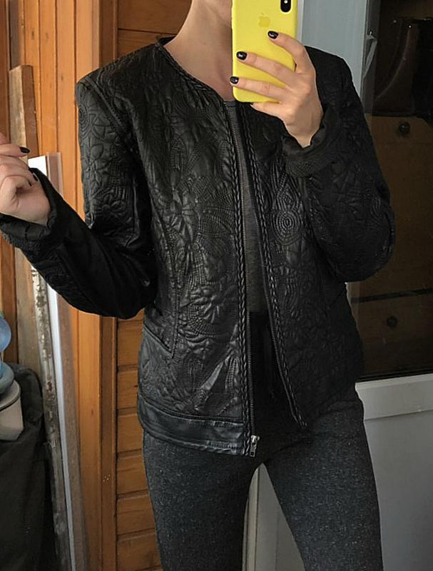 Обалденная фактурная куртка klass collection (кожанка) - Фото 7