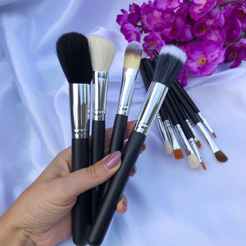Набор из 12 кистей для макияжа  в косметичке - Фото 3