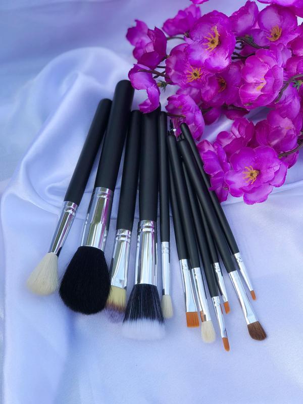 Набор из 12 кистей для макияжа  в косметичке - Фото 7