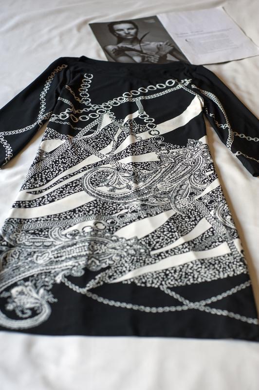Красивенное черно-белое платье с принтом c&a, размер м - Фото 3