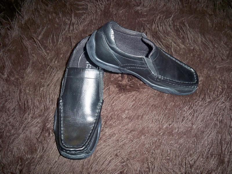 Фірмові нові шкіряні туфлі george 34р - 22 см.