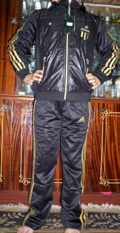 Стильний спортивний костюм adidas на 4р.