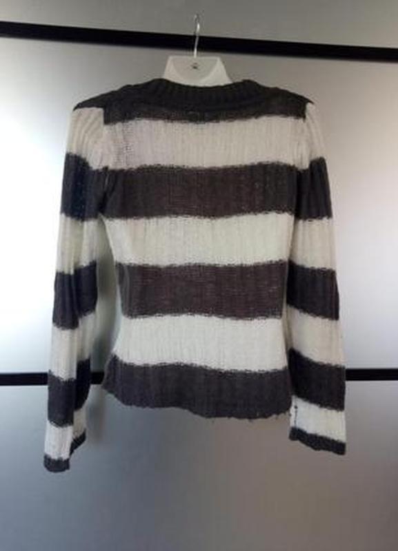 Тёплый вязаный шерстяной свитер тонкая вязка с v-вырезом. cloc... - Фото 2