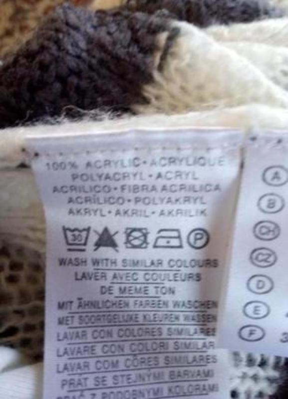 Тёплый вязаный шерстяной свитер тонкая вязка с v-вырезом. cloc... - Фото 4