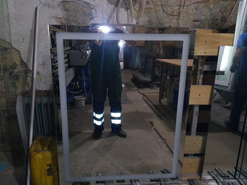LED зеркало