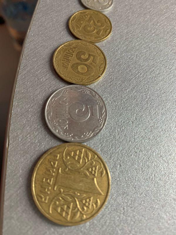 Монеты 5 копеек 1 гривна 25 копеек 50 копеек 2 копейки  1992 год