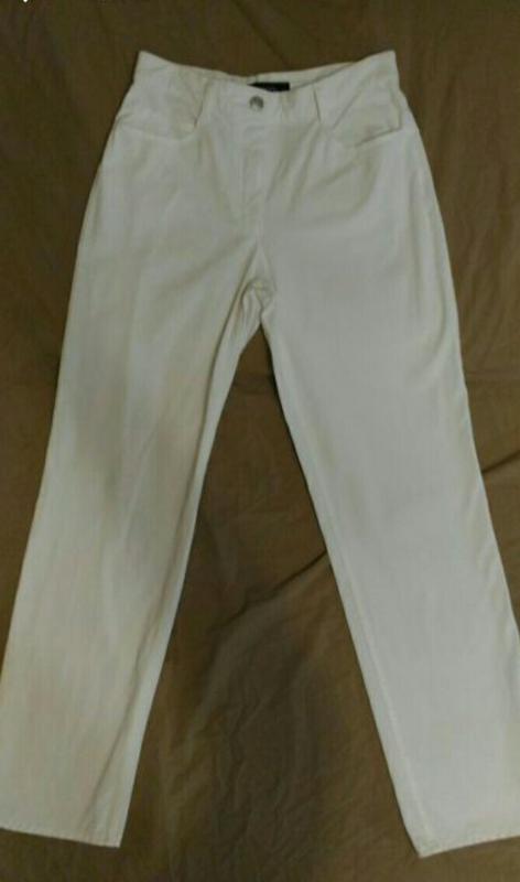 Джинсы белого цвета, стрейч-котон, высокая талия, р.10