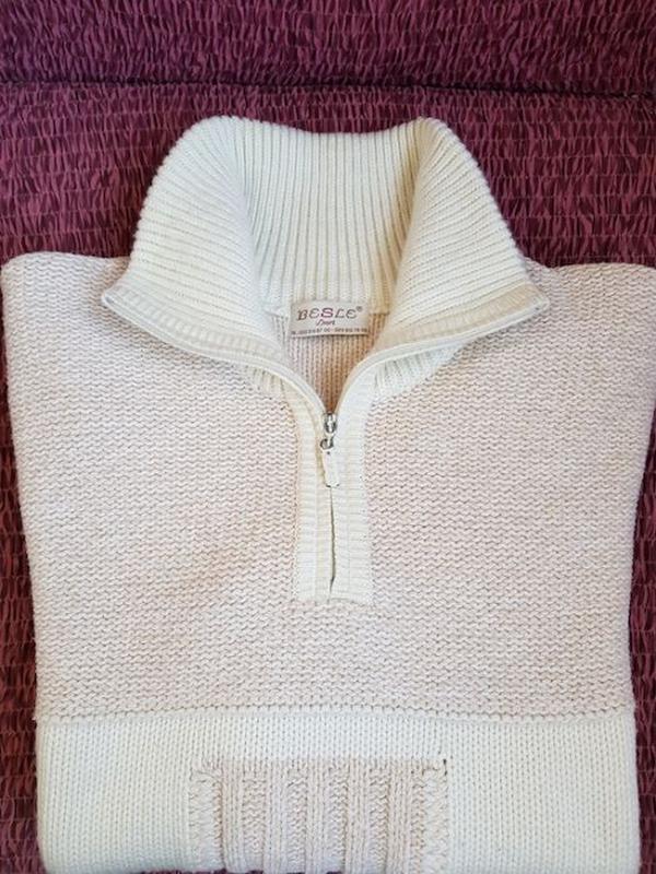 Теплый мужской свитер (размер 52)